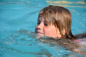 swim-811197_640
